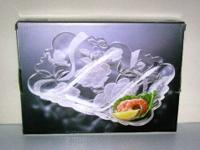 Beautiful frosted rose and leaf etched 3 section glass