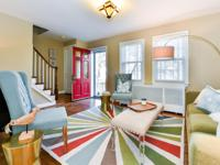 Beautiful stone townhouse located in Alexandria's