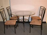 Like new round dinning table for 4, 8 months old. It's
