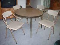 round folding table 3 ft. dia. and 4 padded folding