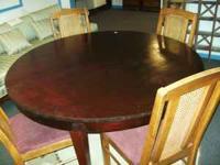 Round Mahogony Table 50 Dillsburg