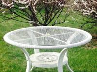 ROUND Outdoor White Wicker Table- $95 Excellent