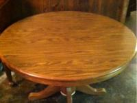 Beautiful round dinning room table for sale no chairs.