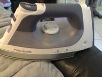 ROWENTA iron like new , steam, self cleaning,auto shut