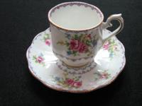Royal Albert  Needle Point Design Petit pointe Tea Cup