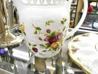 Are you an enthusiast of Royal Albert product, or maybe