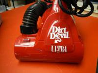 Royal Dirt Devil ULTRA Hand Vac Model M08230C Handheld
