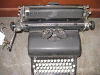 Royal Typewriter - 1941 KMM - Working # ~ 239 ~ #.
