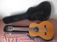 "This listing is for a used Ruben Flores ""requinto"""