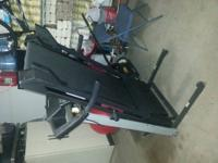 Hi I'm selling my running machine its in avery good