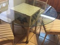 this dining room table and chairs is from the