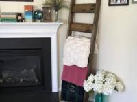 This handmade blanket ladder adds the perfect warm