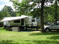 2013 Keystone Springdale 29' Used one year Like new