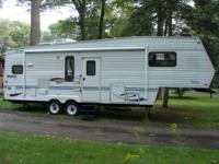 JAYCO Eagle 293 Conventional Fifth-Wheel Travel