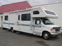 RV For Rent 29' Four Winds Chateau Sleeps up to 7