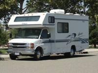 I WANT OLD RVS 5TH WHEELS CAMPER TRAILERS IF YOUR GOING