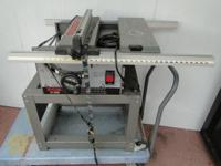 Ryobi BT3000 10in Precision Table Saw with Stand, works
