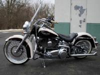 The Softail rear suspension mimics the clean lines of a