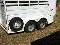 14' X 5' has 6' tack w/walk thru door to stall area;