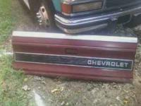 I have a tailgate for a s10. Its for the older style