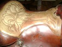 "Saddle-Big Horn Brand 15""padded seat, scalloped"