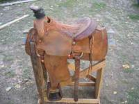 Nice Potts Longhorn roping saddle, padded seat, dally