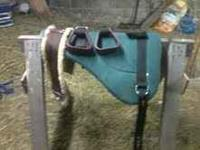 i have a black western saddle that i would like to