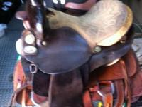 15in Double R barrel saddle. Good condition. Used but