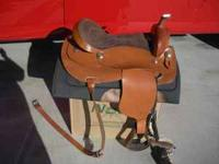 Saddle sturip and banket, like new. Payed 450 for