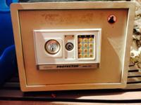 Up for sale is an electronic AND key Safe Model :