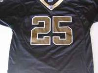 New Orleans Saints jersey boys size XL 18-20. Reggie