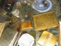 ANTIQUE-VINTAGE COMPACKS & CIGG CASES & MORE. STARTING