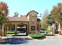 SOUTH AFRICA MOST ELEGANT EXECUTIVE RESIDENCE WITH