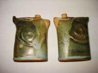 Ceramic/pottery salt & pepper shaker. Each about the