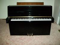 Samick Upright/Console Piano, continental style, ebony