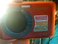 Great camera, hardly used, hardly any scratches practly