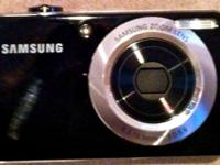 Like new Samsung DualView Digital Camera. DualView