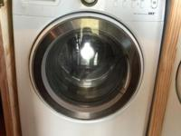 Samsung white front loader, large drum! Also has a