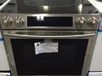 SAMSUNG 5.8 cu. ft. Slide-In Electric Range with
