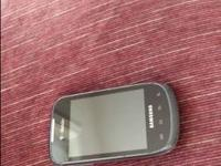 Pre-paid samsung dart cell phone. Works the only thing