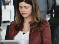 San Andreas Movie Alexandra Daddario Red Jacket On the