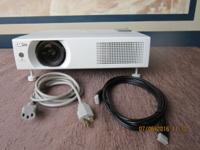 Sanyo Projector PLC-WXU700.HDMI. 22OO Lumens lights Has
