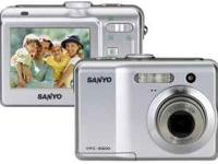 This simple to use Sanyo VPC-S500 5MP digital camera