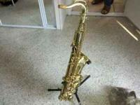 ONE OWNER- TENOR SAXAPHONE FOR SALE WITH TRAVELING