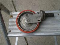 This is a used in great condition wheel for use with
