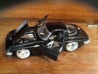 1:24 SCALE DUB CITY 1963 CHEVY CORVETTE STINGAY COUPE