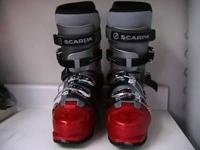 BEAUTIFUL RED LIKE NEW SCARPA DENALI TT AT BOOTS. SKI
