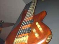 SCHECTER STILETTO STUDIO 5 BASS IN ABSOLUTE MINT