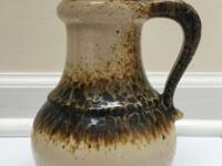 SCHEURICH jug vase 496-18 in cream and green Table vase