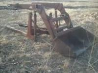 Schwartz 6ft hydraulic front loader. No cracks or